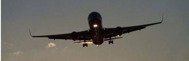 A la mitad de los españoles les gustaría que se introdujeran zonas silenciosas en los aviones