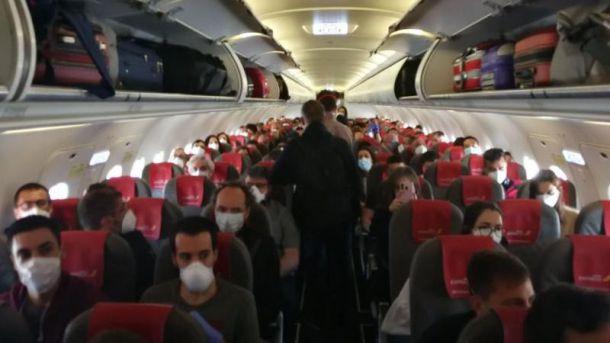 Facua denuncia a Iberia por 'incumplir' las medidas de separación entre pasajeros
