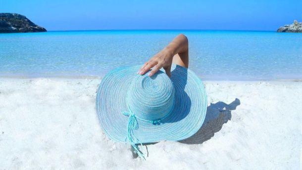 El 65% de los españoles ha cambiado sus planes para las vacaciones de verano por temor al coronavirus