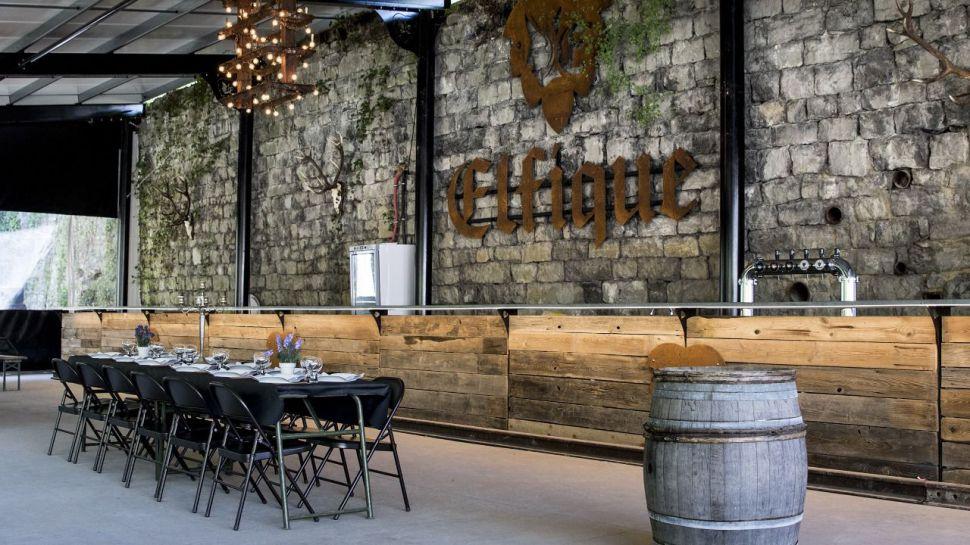 Curiosidades viajeras: La barra de cerveza 'élfica' más larga de Bélgica
