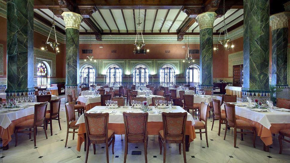 Alhambra Palace, un hotel comprometido con las artes escénicas
