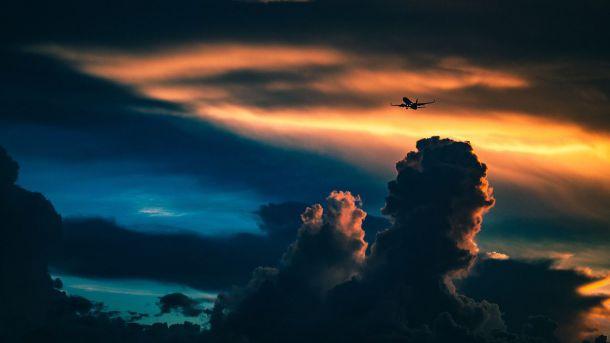Un análisis desvela por primera vez las emisiones totales de las aerolíneas en la UE