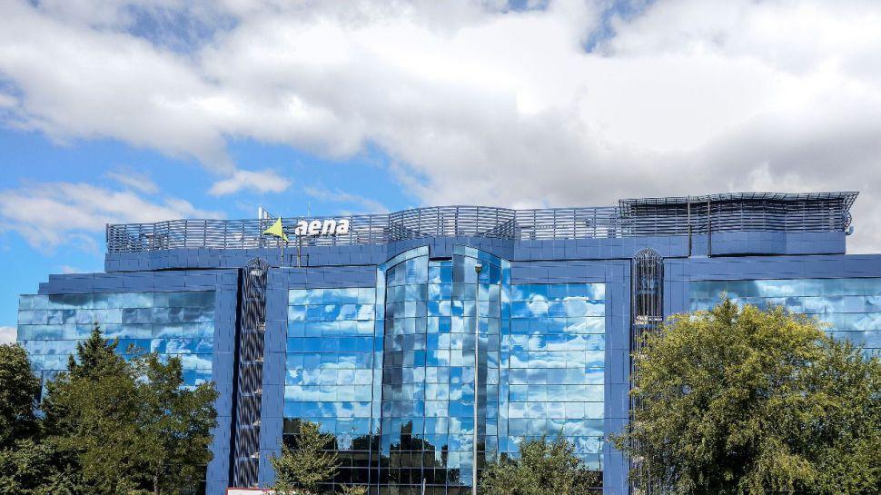 Aena registró en marzo un descenso en el tráfico de pasajeros del 84% respecto a 2019