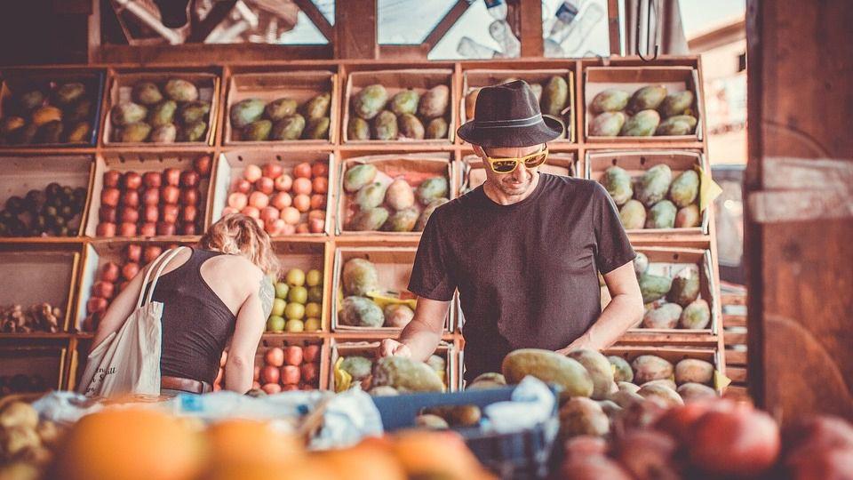 Ahorro: ¿En qué supermercados comprar cuando estamos de viaje?
