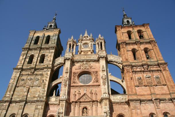 La Semana Santa en Castilla y León deja los mejores datos turísticos de su historia